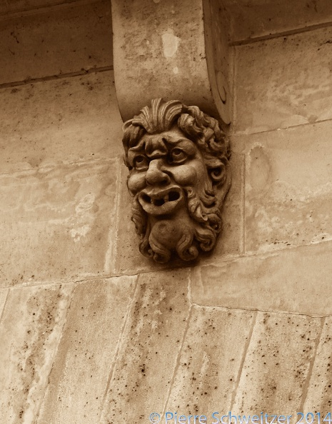Face on the Pont Neuf - Version 2.jpg